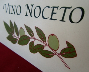 Vino Noceto label