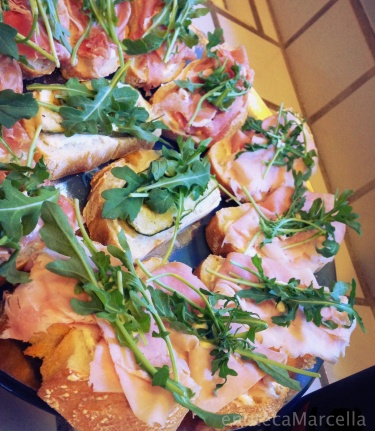 ham, horseradish & arugula